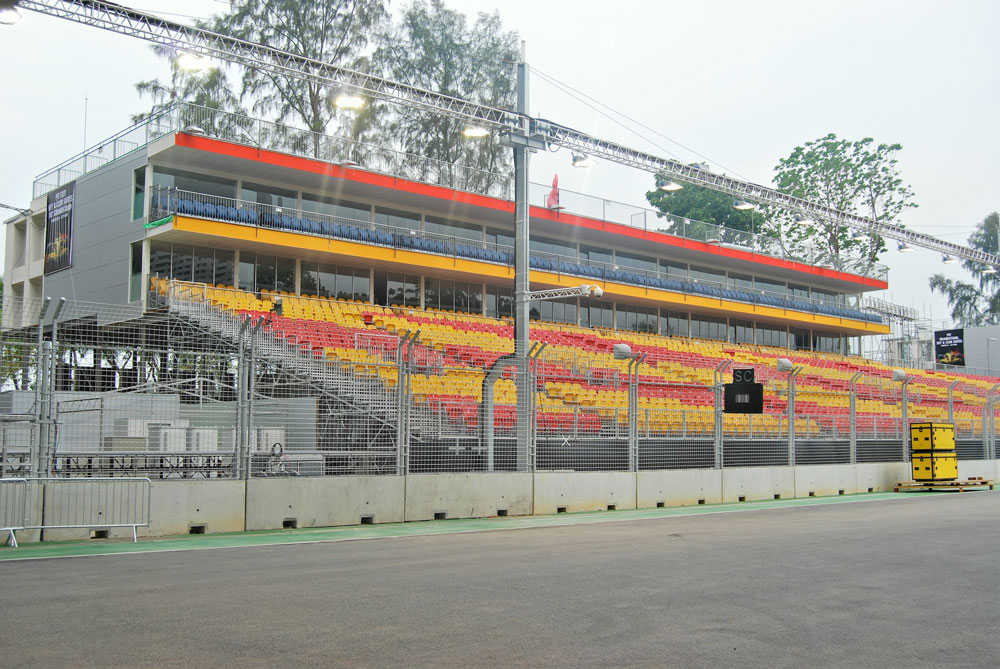 Temporary-Grandstand-Seating-for-Melbourne-F1-Grand-Prix-by